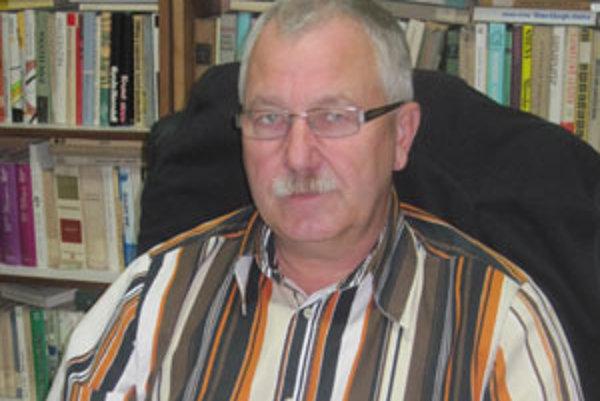 Predsedom petičného výboru je starosta Mikušoviec Imrich Ágošton.