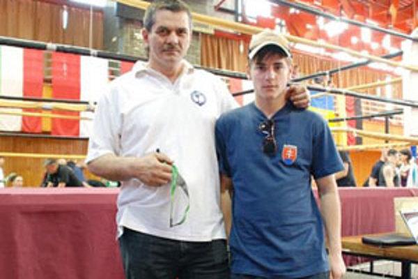 Tréner Karol Filka (vľavo) so Zs. Osaďanom.