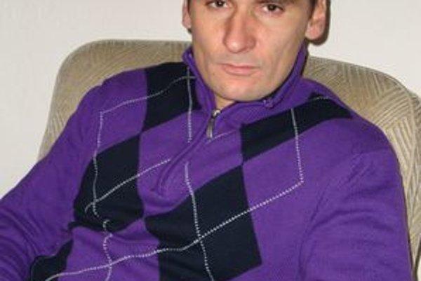 Tréner Branislav Mráz priznáva, že v hráčskom kolektíve MŠK R. Sobota boli konflikty.
