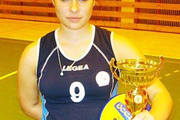 Volejbalistka Veronika Sivičeková zatiaľ zvláda študijné aj športové povinnosti.