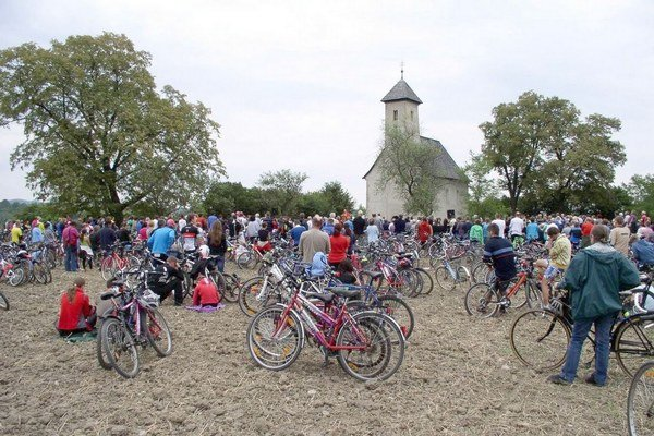 Cyklopúť ku kostolíku v Pominovci.