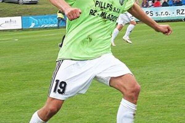 Mário Kurák zabezpečil gólom v nadstavenom čase bod pre Ružinú.