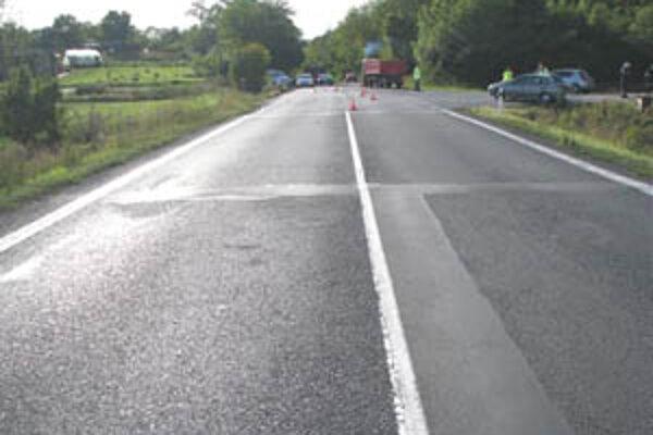 Nehoda sa stala na ceste medzi Lučencom a Rimavskou Sobotou.
