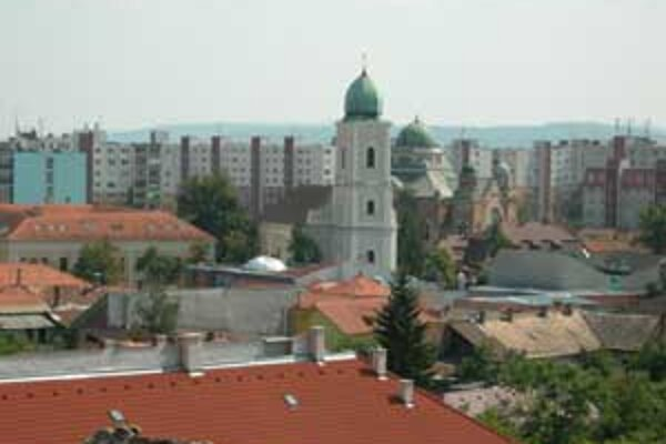 Ľudia okrem vzácnych dokumentov uvidia výstavu starých dobových pohľadníc mesta Lučenec.