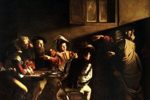 Taliansky barokový velikán Caravaggio dokončil okolo roku 1600 obraz Povolanie svätého Matúša. Peniaze tu zastupujú hriech a hazard, ktorému sa oddávajú postavy sediace okolo stola. V prítmí miestnosti sa objaví Kristus a prstom, nápadne pripomínajúcim vztýčený ukazovák Adama na Michelangelovej freske na strope Sixtínskej kaplnky, ukazuje na Matúša. Týmto gestom chce Matúša vytrhnúť zo skupiny naničhodníkov a priviesť ho na cestu milosti.