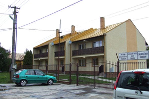 Chovanci Reedukačného centra v Čerenčanoch plánovali vraždu vychovávateľa a útek zo zariadenia.