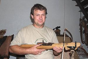Prvú kušu vyrobil Igor Makovník pred dvadsiatimiôsmimi rokmi.