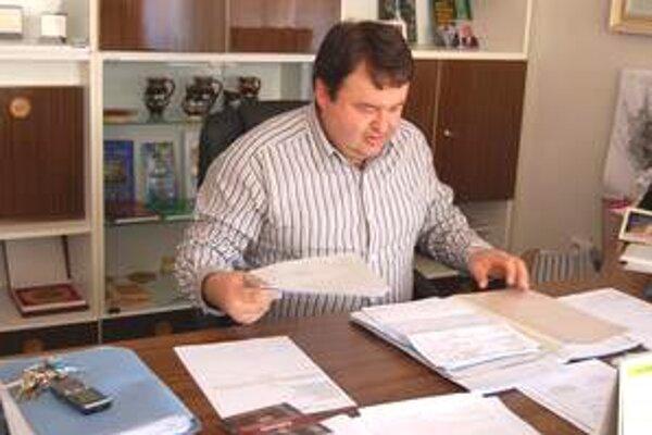 Milan Kolesár, primátor Jelšavy je rád, že sa vzácne exponáty dostanú z provizórnej miestnosti do skutočného múzea.