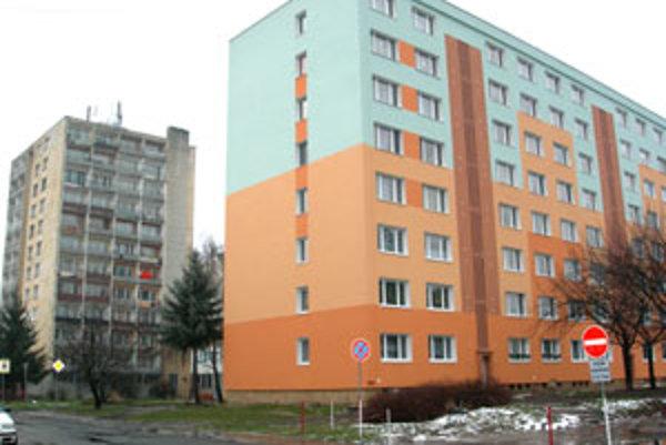 Ceny 2 a 3-izbových bytov klesli aj o tridsať percent.