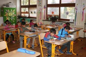 Kluknavskej ZŠ pomôže vybudovanie štátnej školy.