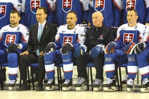 Tímové fotenie mali Slováci rýchlo za sebou.