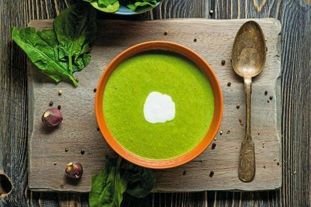 Rýchla špenátová polievka