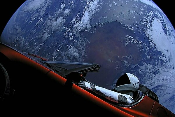 Tesla Roadster a Starman.