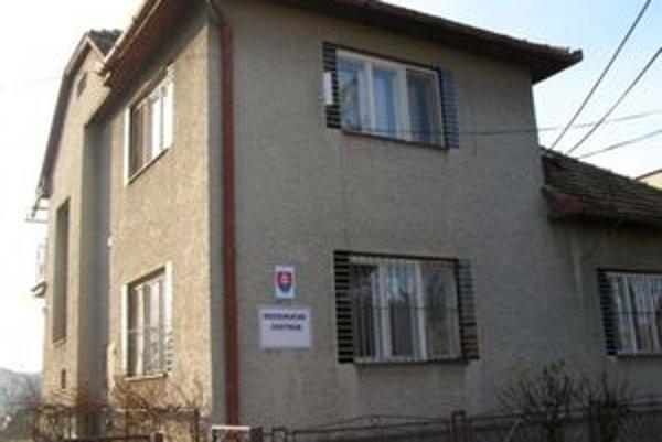 Chovanec Reedukačného centra v Čerenčanoch pri Rimavskej Sobote pripravoval útek zo zariadenia a zločin úkladnej vraždy vychovávateľa.