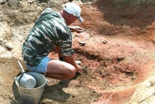 Archeologický výskum v Abovciach bude v týchto dňoch pokračovať a potom v auguste pri výkopoch kanalizácie.