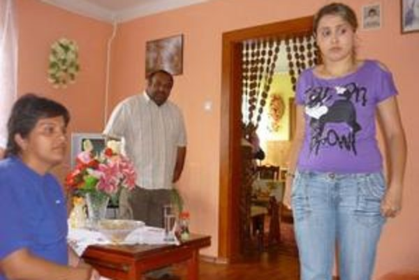 Sestry Samkové s otcom.