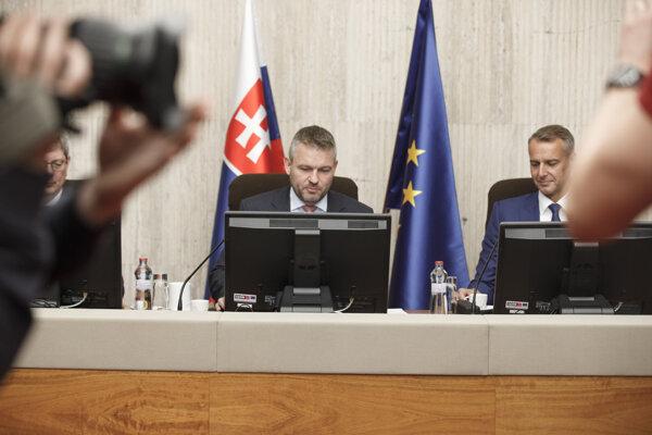 Vláda Petra Pellegriniho opäť zasadne po letnej prestávke.