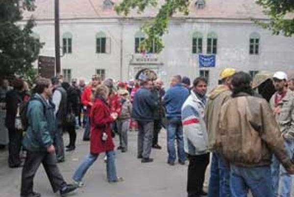 Gaštanové slávnosti prilákali do Modrého Kameňa stovky turistov.