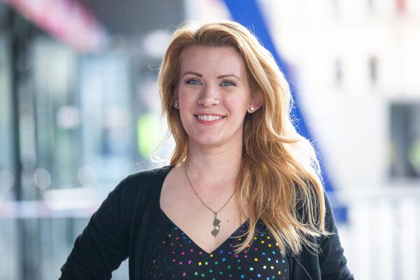Americká novinárka Julie Robenhymerová počas rozhovoru pre denník SME.