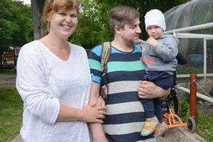 Lenka Elbertová s rodinou volila aj kvôli synovi a jeho budúcnosti.
