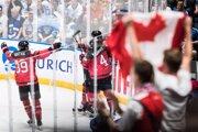 Hokejisti Kanady oslavujú gól vo finálovom zápase Kanada - Fínsko na MS v hokeji 2019.