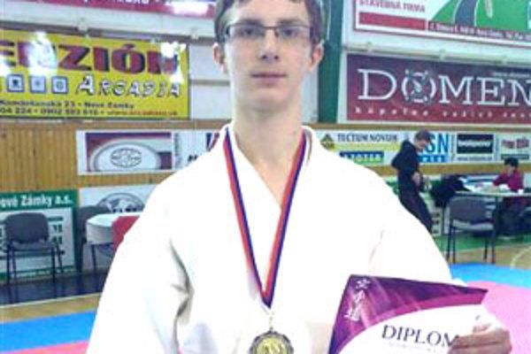 Striebornú medailu z majstrovstiev Slovenska zaradil Martin Antal v hierarchii úspechov na druhé miesto.