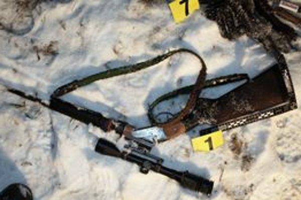 Polícia zaistila nelegálne držanú zbraň.