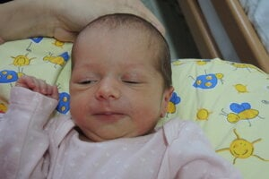 Nela Nedielková (2480 g, 45 cm) sa narodila 18. mája Veronike a Rudolfovi z Dubnice nad Váhom.