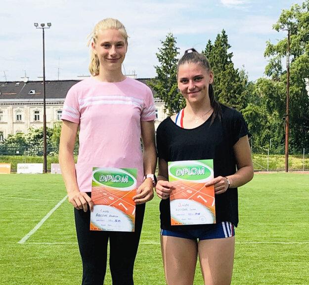 Andrea Švecová a Jana Kusyová.