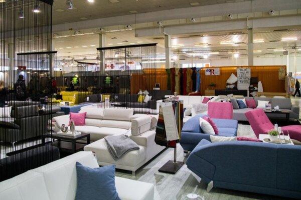 Výstava je súčasťou veľtrhu nábytku, ktorý potrvá na nitrianskom výstavisku Agrokomplexu do 13. marca.