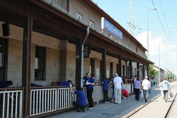 V minulosti dobrovoľníci skrášlili aj stanicu v Spišskej Novej Vsi.