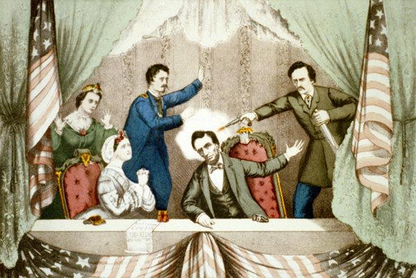 John Wilkes Booth strieľa v divadelnej lóži zblízka do prezidenta Lincolna.