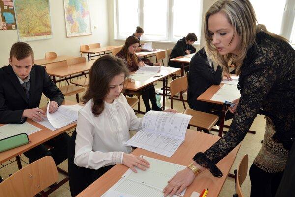 Vlani v Nitrianskom kraji nezmaturovalo menej ako päť percent maturantov.