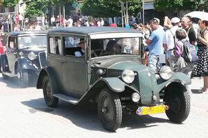 Staručká Tatra 12 zroku 1930 je v pôvodnom stave bez zásahov.