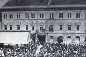 Poverenci Dohody vyhlasujú v Prešove, že maďarská a slovenská Červená armáda musia opustiť mesto.