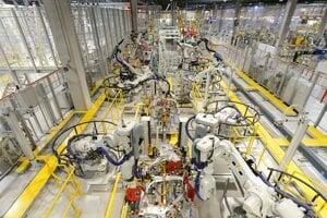 Výrobné priestory v závode Jaguar Land Rover v Nitre.