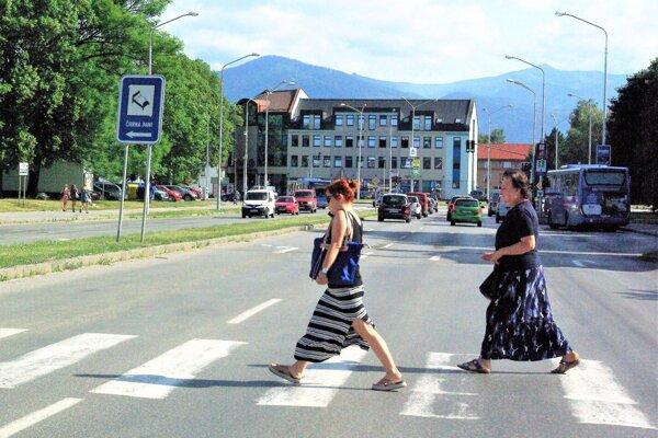 V pláne je úprava priechodu aj na Jilemnického ulici pri Alievičovi.
