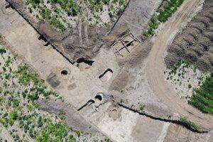 Developer zverejnil letecký pohľad na miesto archeologického výskumu.