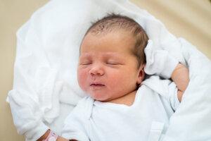 Diana Ščepková (3150 g, 50 cm) sa narodila 1. júla Silvii a Jozefovi z Očkova.
