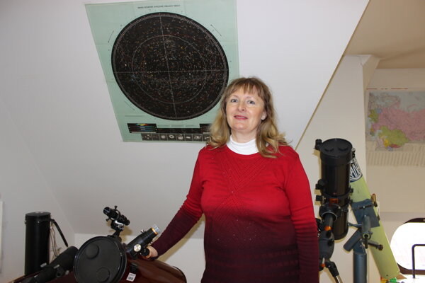 Zdenka Baxová – vedúca astronomického krúžku na Gymnáziu Ľ. Štúra v Trenčíne