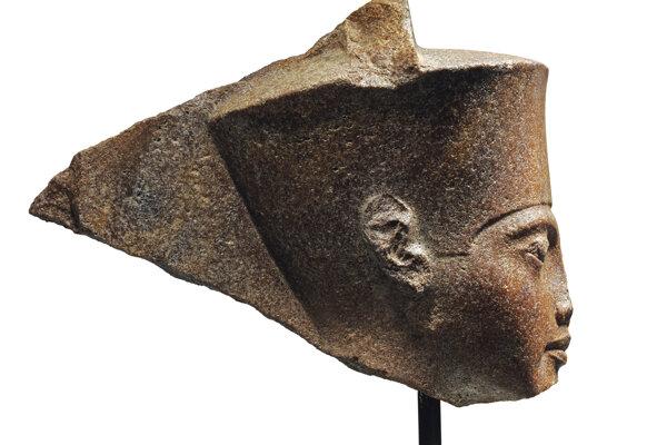 Na snímke 3000-ročná busta starovekého faraóna Tutanchamona.
