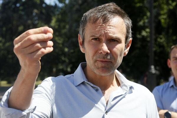 Rockový spevák Vakarčuk sa chce dostať do parlamentu s proeurópskou stranou Hlas.