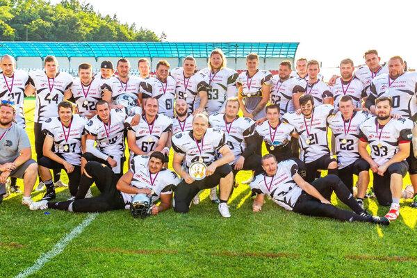 Mužstvo amerického futbalu Nitra Knights.