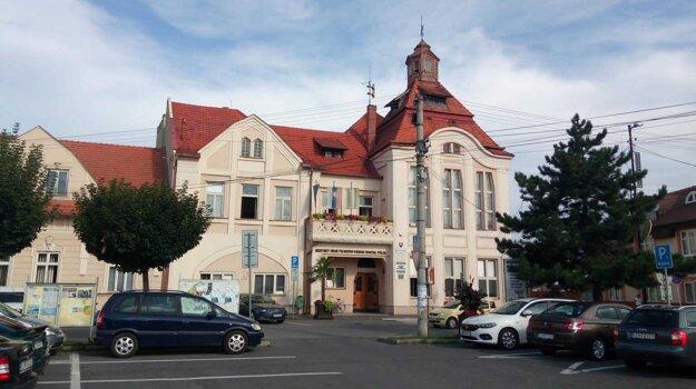 Mestský úrad vo Fiľakove.