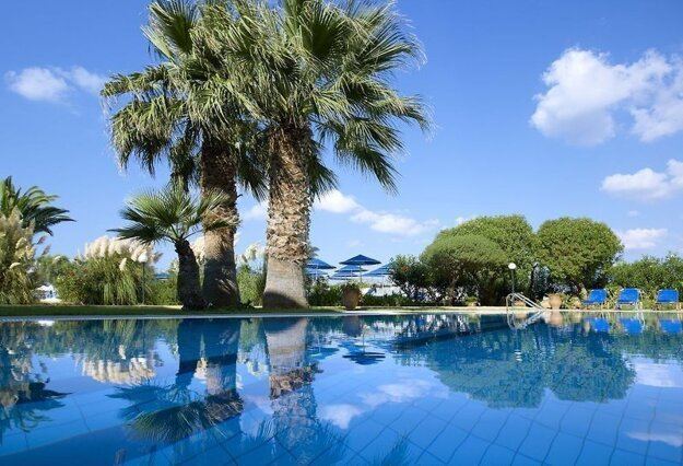 Malia Bay Beach Hotel & Bungalows 3*