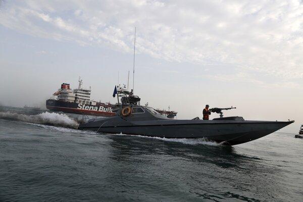 Irán zadržal v Perzskom zálive ropný tanker plaviaci sa pod britskou vlajkou.