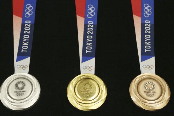 Kolekcia medailí XXXII. olympiády Tokio 2020.