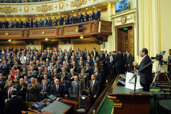 Prezident Abdel Fattáh el-Sísi v parlamente.