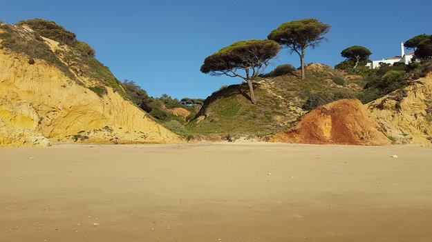 Praia da Oura.