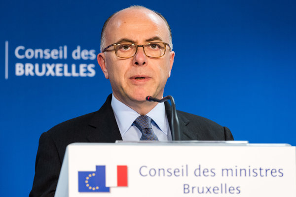 Francúzky minister Bernard Cazeneuve.
